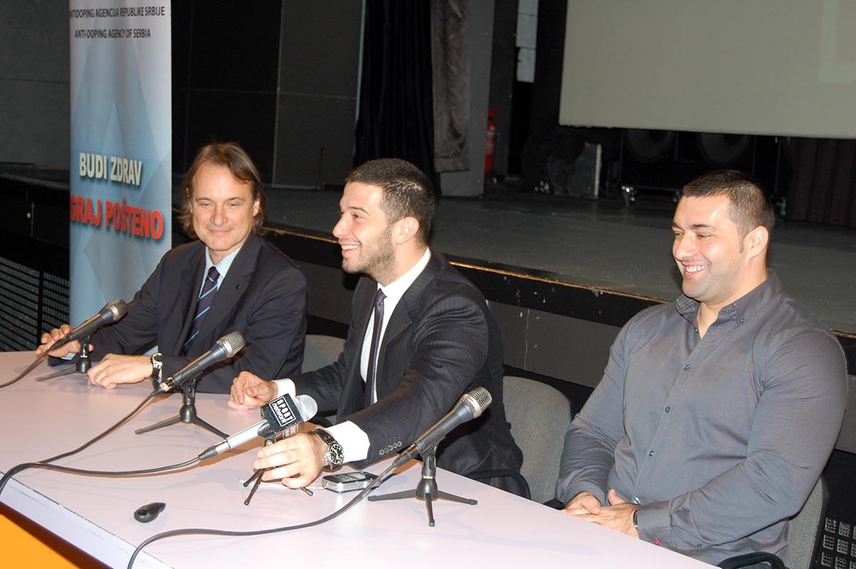 konferencija-za-novinare-8