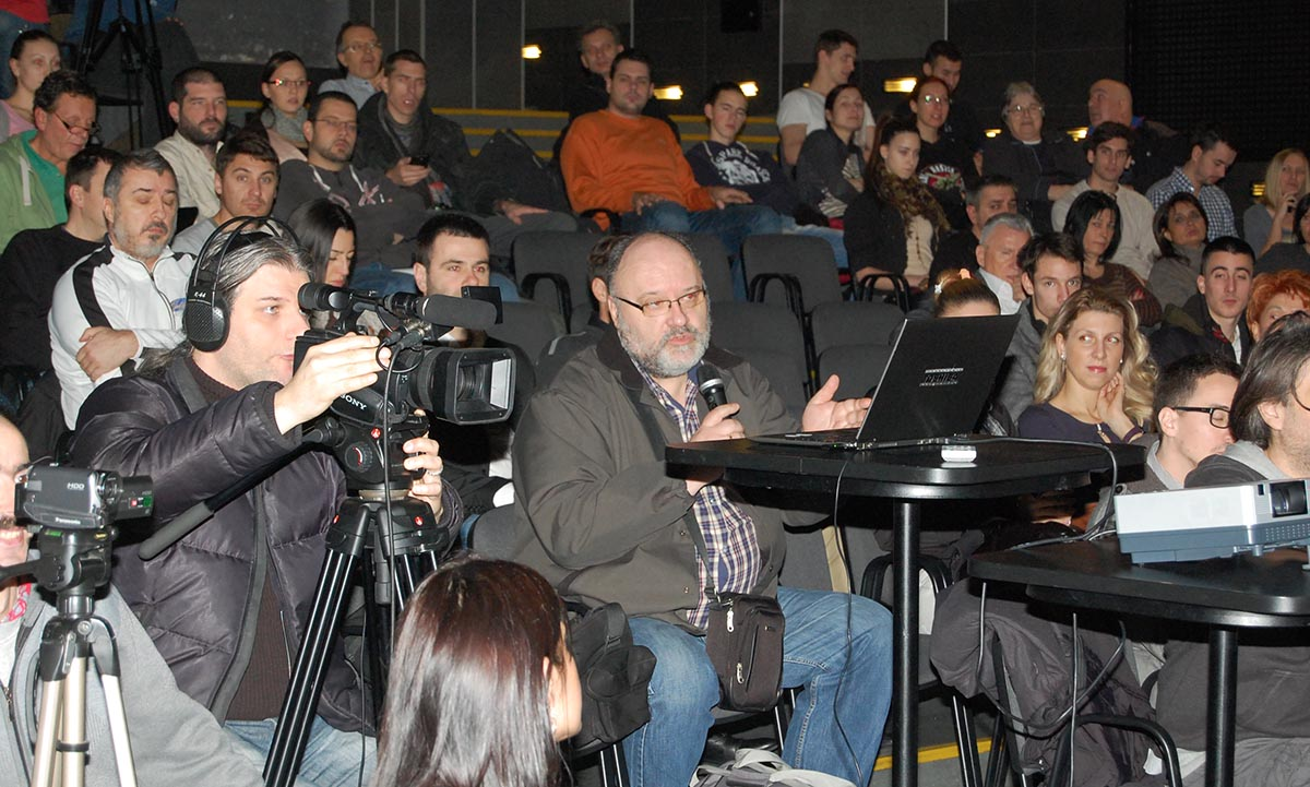 publika-07