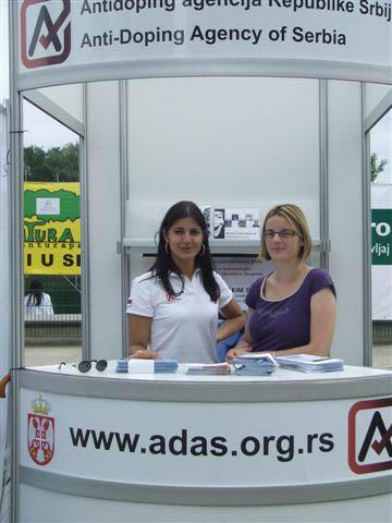 ADA 051