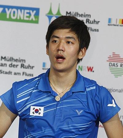 Badminton-lee_yong_dae[1]